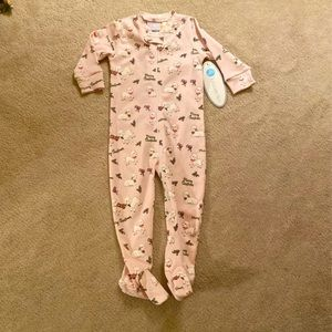 NWT Lullaby Set Holiday Footie